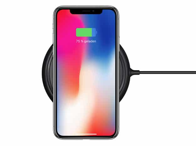 Kabelloses Aufladen des Apple iPhone X