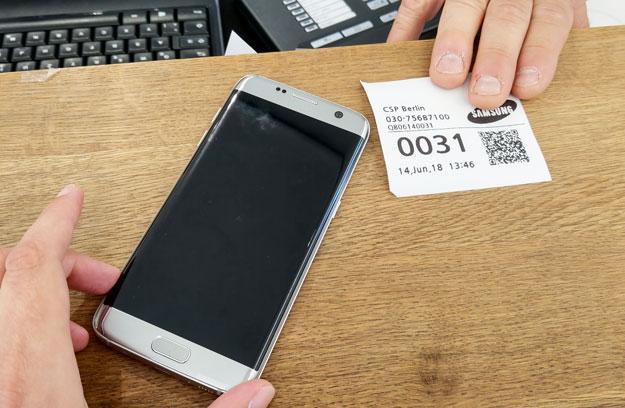 Samsung Handy Reparatur im Customer Service Plaza: Ein Erfahrungsbericht mit dem Galaxy S7 Edge