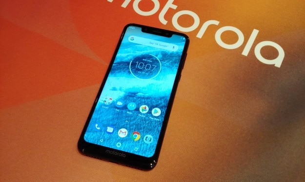 Motorola One HandsOn