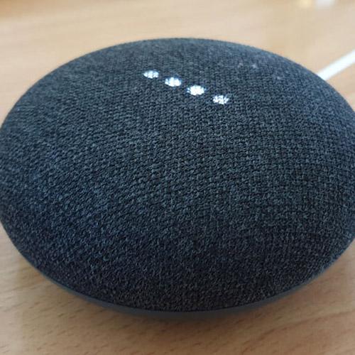 Google Home Mini im Test: Vernetzte Welt per WLAN mit Sprachsteuerung für Zuhause