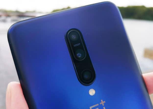 OnePlus 7 Pro mit Vertrag: Preise, Specs, Deals & Test - Triple-Kamera mit Selfie-Cam ohne Notch oder Punch-Hole