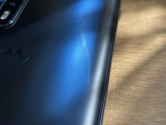 Motorola Edge 20 Pro im Test - Mitternachtsblau