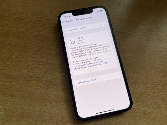 Apple iPhone 13 mini - Update auf iOS 15